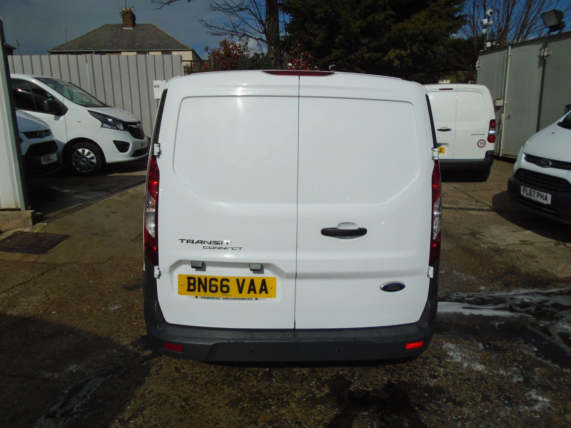 2016 Ford Transit Connect 1.6 Tdci 75Ps Van (BN66VAA) Image 5