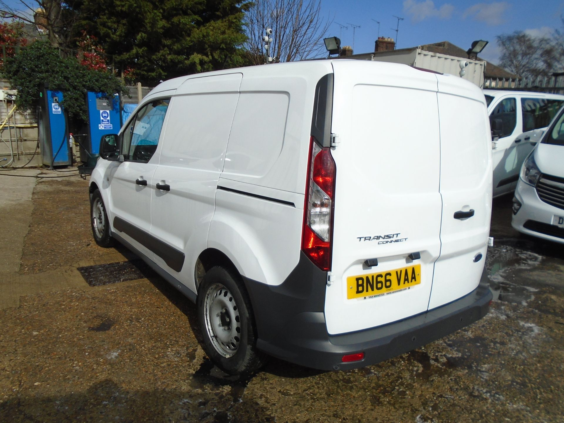 2016 Ford Transit Connect 1.6 Tdci 75Ps Van (BN66VAA) Image 4