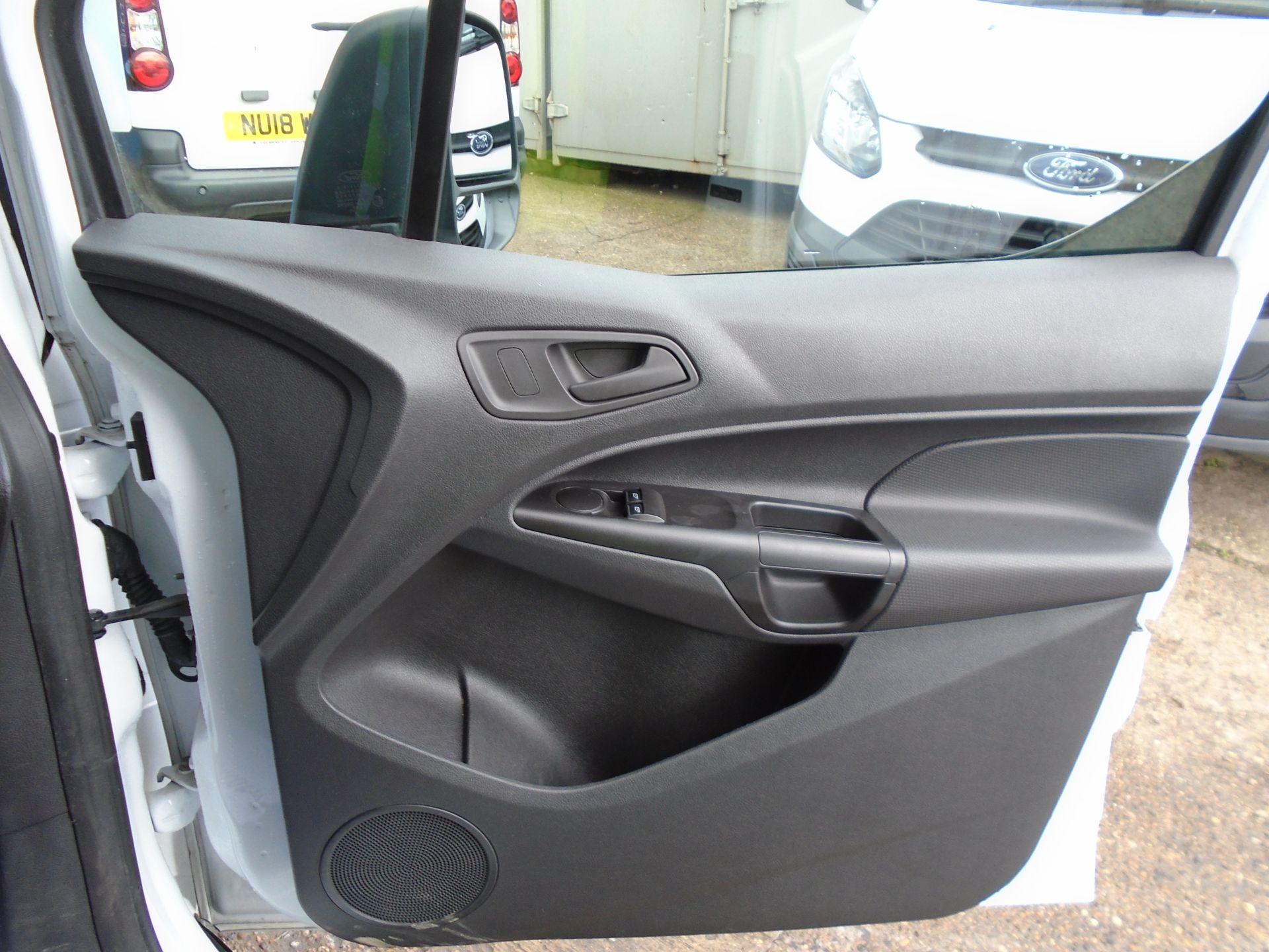 2016 Ford Transit Connect 1.6 Tdci 75Ps Van (BN66VAA) Image 19
