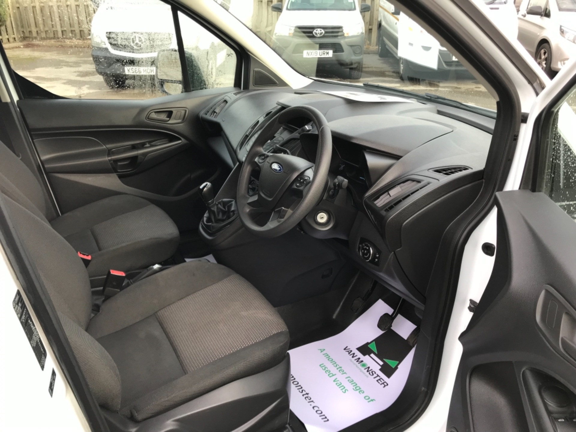 2016 Ford Transit Connect  200 L1 Diesel 1.6 TDCi 75PS Van EURO 5 (BN66VCD) Image 13