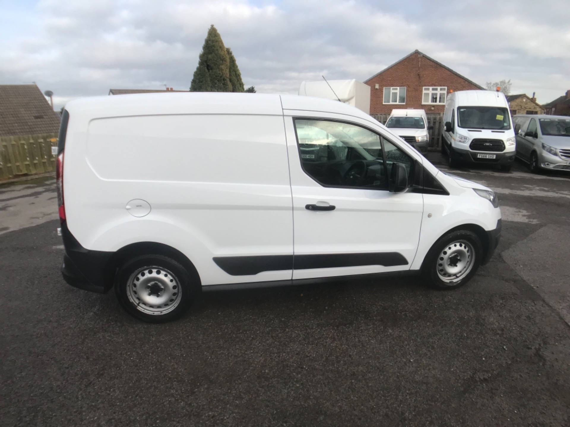 2016 Ford Transit Connect  200 L1 Diesel 1.6 TDCi 75PS Van EURO 5 (BN66VCD) Image 8