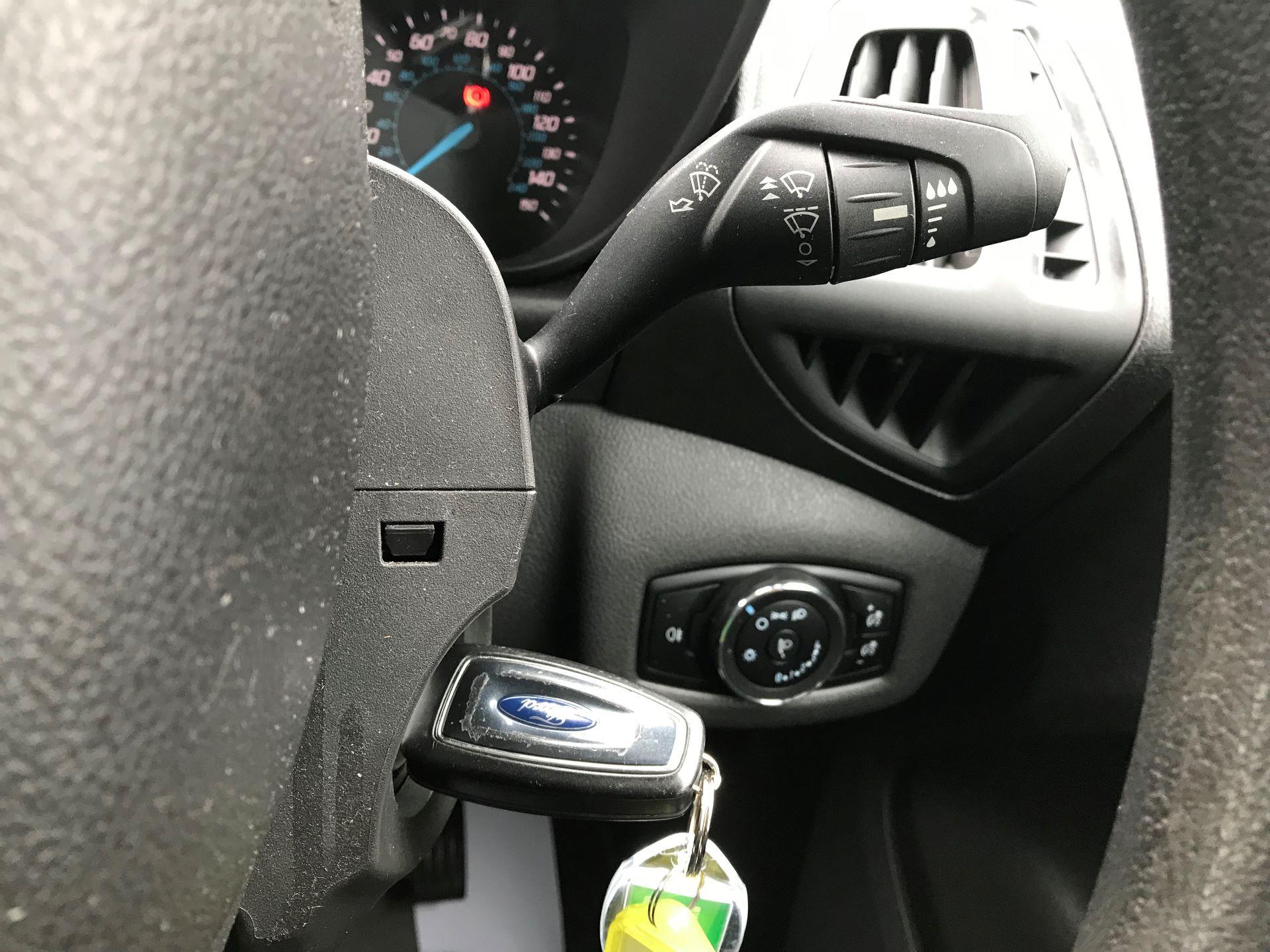 2016 Ford Transit Connect 200 L1 DIESEL 1.5 TDCi 75PS VAN EURO 5 (BN66VDK) Image 19