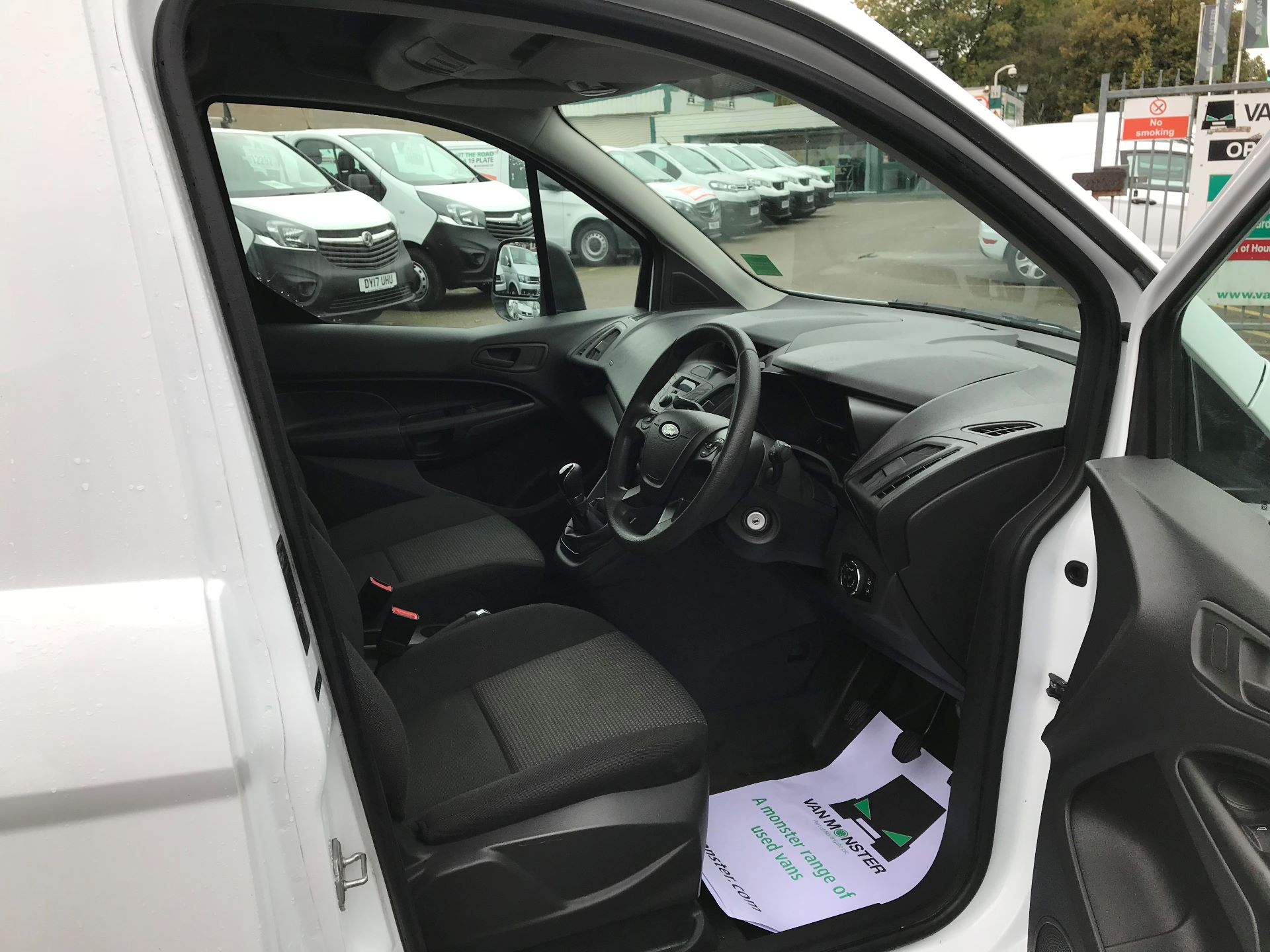 2016 Ford Transit Connect 200 L1 DIESEL 1.5 TDCi 75PS VAN EURO 5 (BN66VDK) Image 10