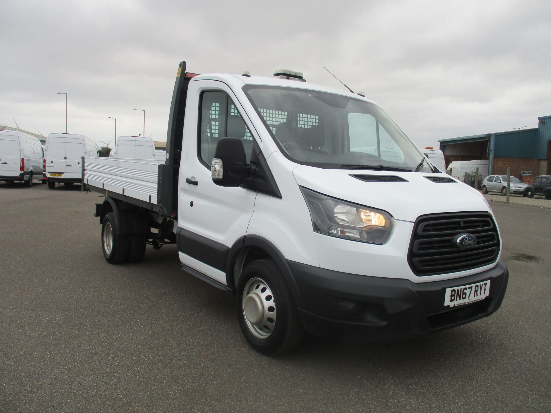 2017 Ford Transit 350 L2 SINGLE CAB TIPPER 130PS EURO 6 (BN67RYT)