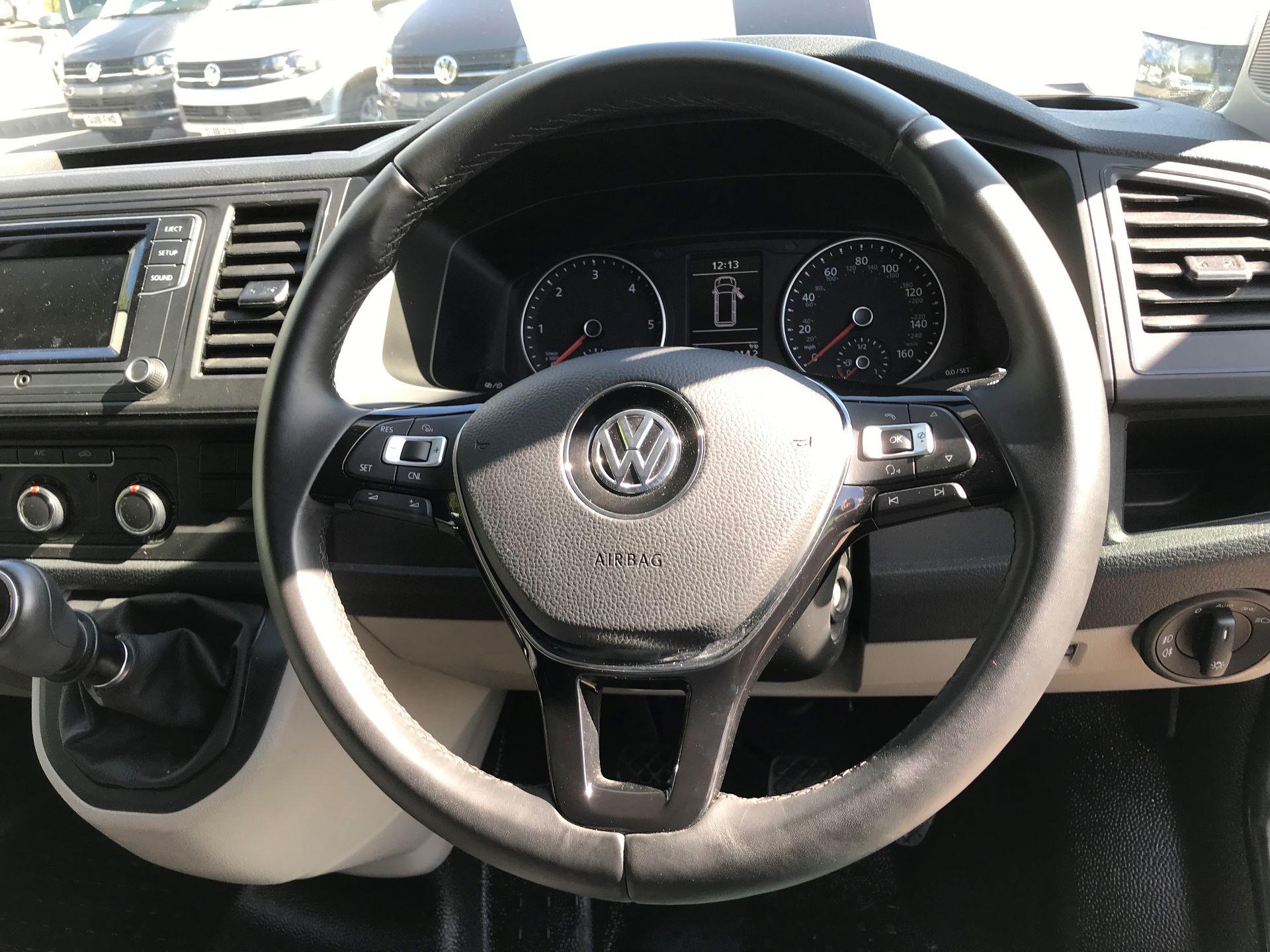 2018 Volkswagen Transporter 2.0 Tdi Bmt 150 Highline Van Euro 6 (BN68FLA) Image 9