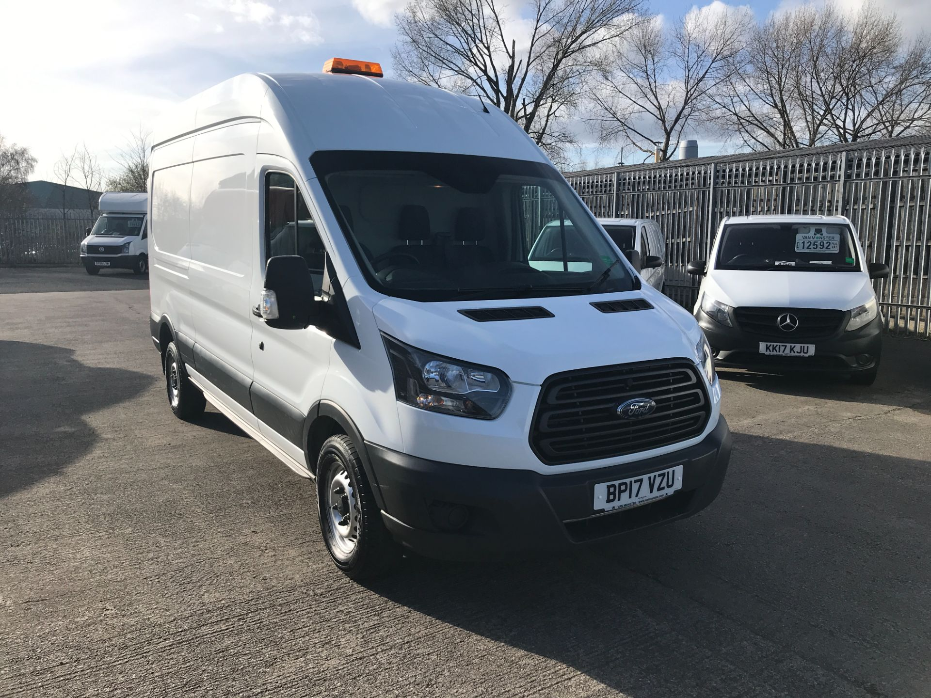 2017 Ford Transit T350 L3 H3 130PS EURO 6  (BP17VZU) Thumbnail 1
