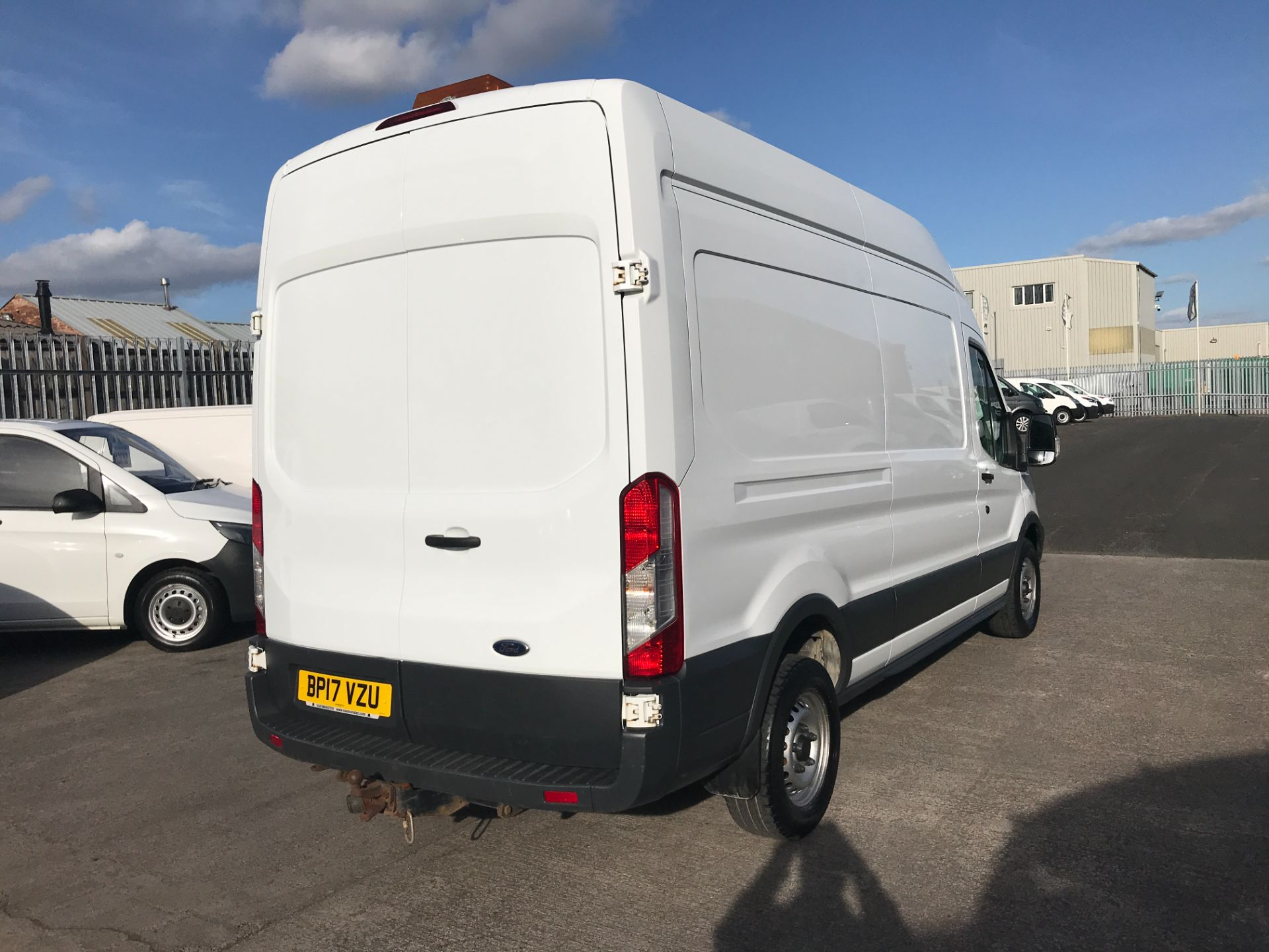 2017 Ford Transit T350 L3 H3 130PS EURO 6  (BP17VZU) Thumbnail 12
