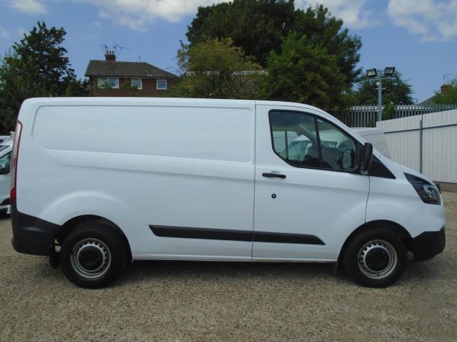 2018 Ford Transit Custom 2.0 Tdci 105Ps Low Roof Van *EURO 6* (BP18EKY) Image 8
