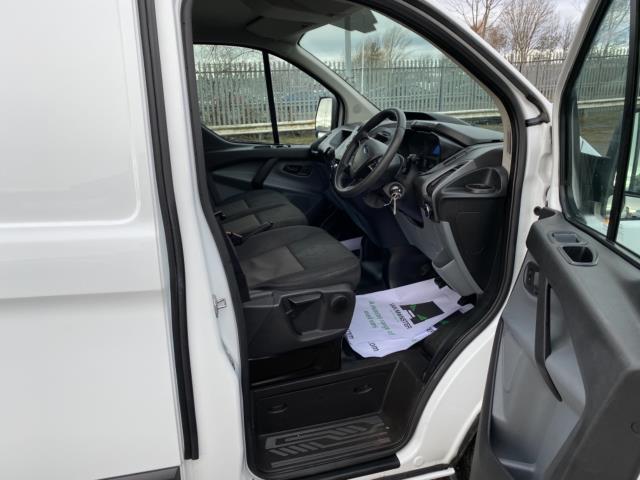 2018 Ford Transit Custom 2.0 Tdci 105Ps Low Roof Van (BP67HGO) Image 13