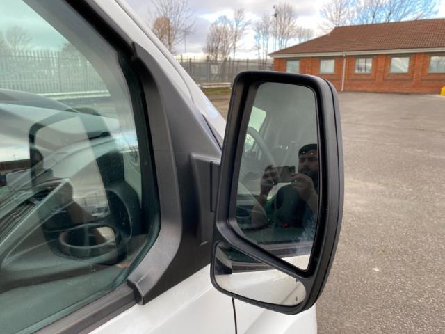 2018 Ford Transit Custom 2.0 Tdci 105Ps Low Roof Van (BP67HGO) Image 10