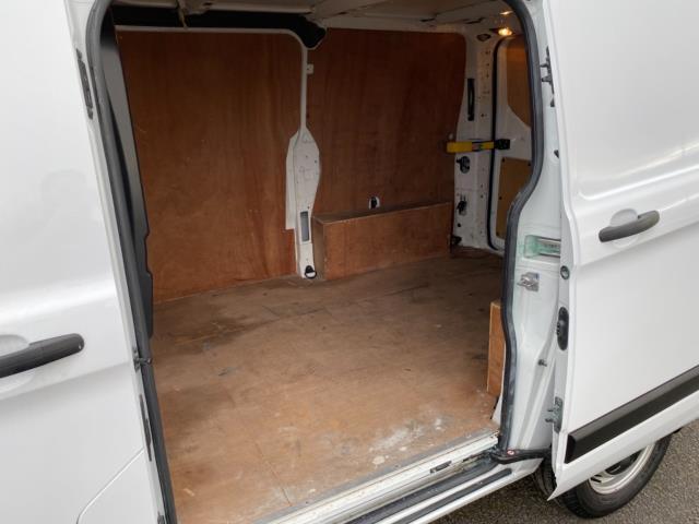 2018 Ford Transit Custom 2.0 Tdci 105Ps Low Roof Van (BP67HGO) Image 11