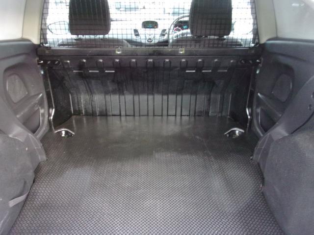 2017 Ford Fiesta 1.5 TDCI VAN EURO 5 (BT17TPU) Image 18