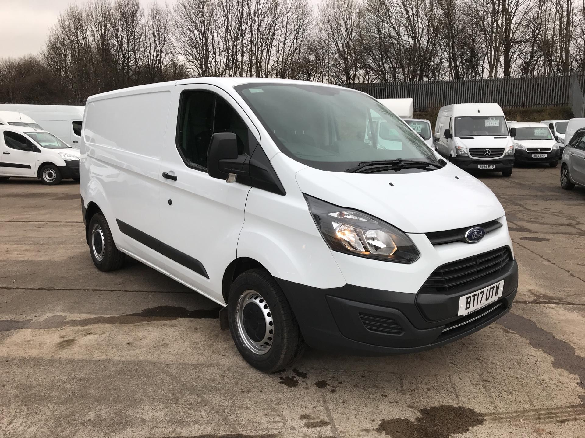 2017 Ford Transit Custom 290 L1 DIESEL FWD 2.0 TDCI 105PS LOW ROOF EURO 6 (BT17UTW)