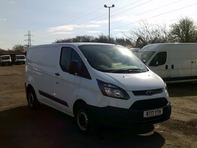 2017 Ford Transit Custom 290 L1 DIESEL FWD 2.0 TDCI 105PS LOW ROOF VAN EURO 6 * SPEED RESTRICTED TO 72 MPH* (BT17YTH) Image 1