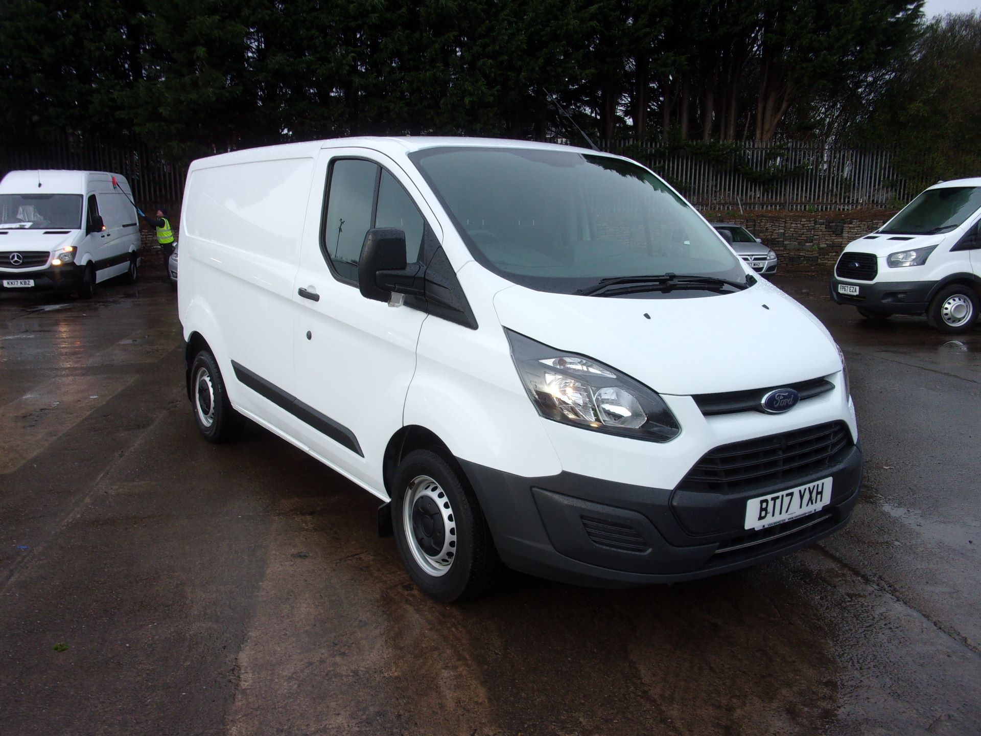2017 Ford Transit Custom 290 L1 DIESEL FWD 2.0 TDCI 105PS LOW ROOF VAN EURO 6 *LIMITED TO 70MPH* (BT17YXH)