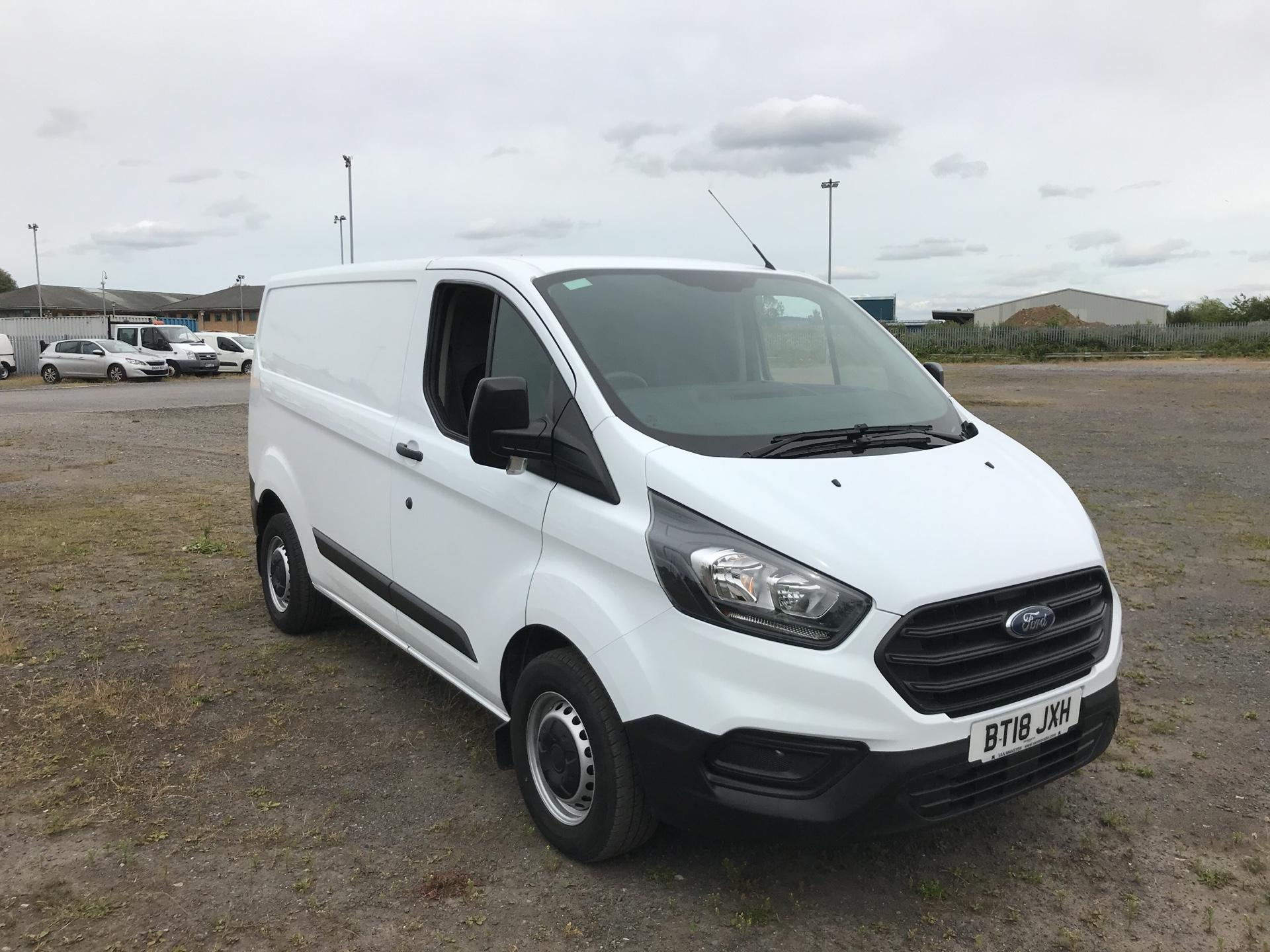 2018 Ford Transit Custom 300 L1 H1  2.0 TDI 105Ps  (BT18JXH)