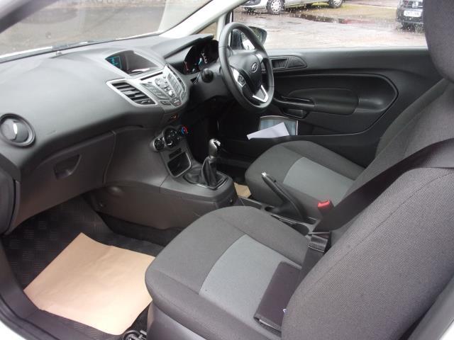 2017 Ford Fiesta 1.5 TDCI VAN EURO 5 (BV17YPY) Image 13