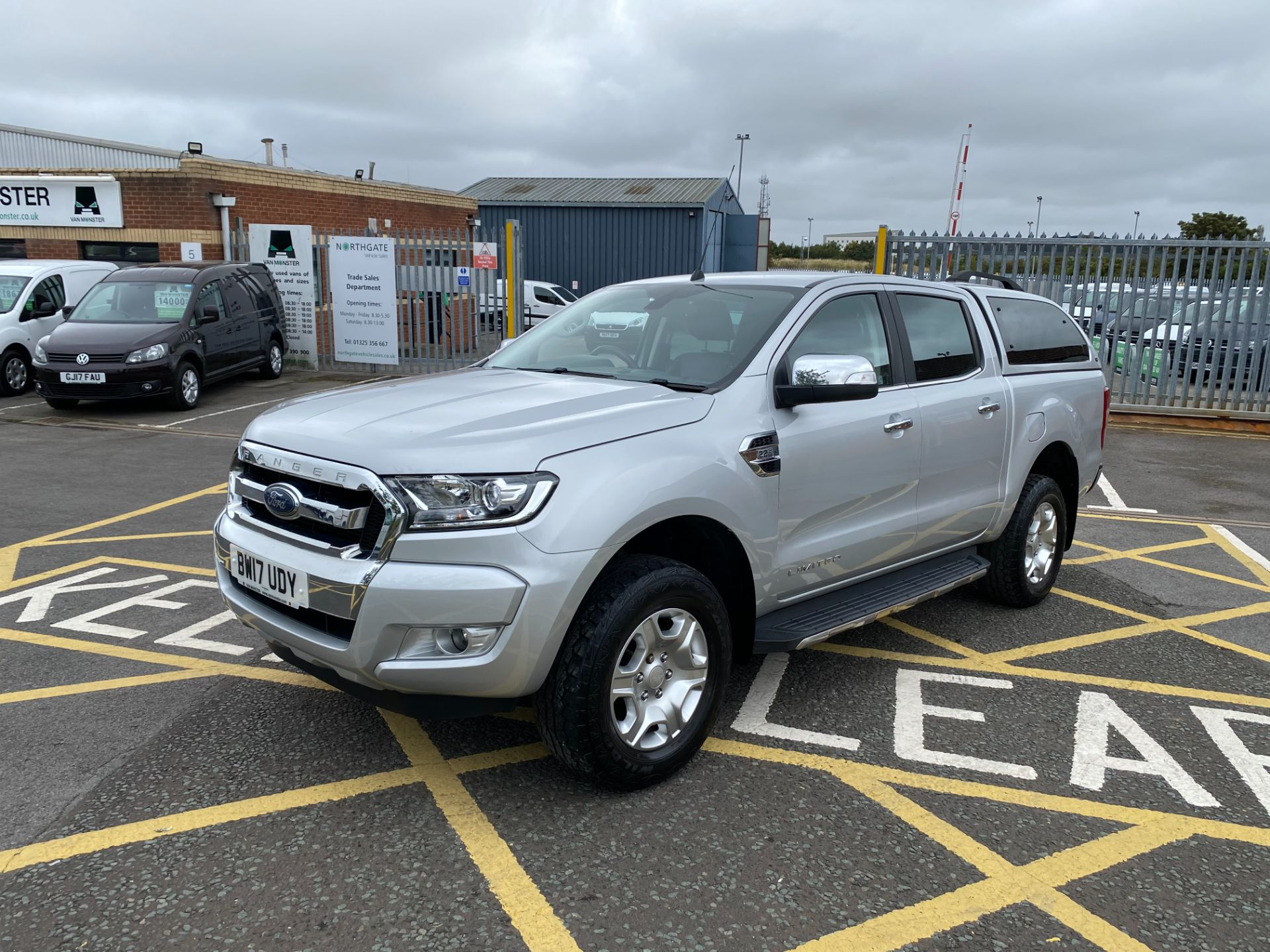 2017 Ford Ranger Pick Up Double Cab Limited 1 2.2 Tdci (BW17UDY) Image 3