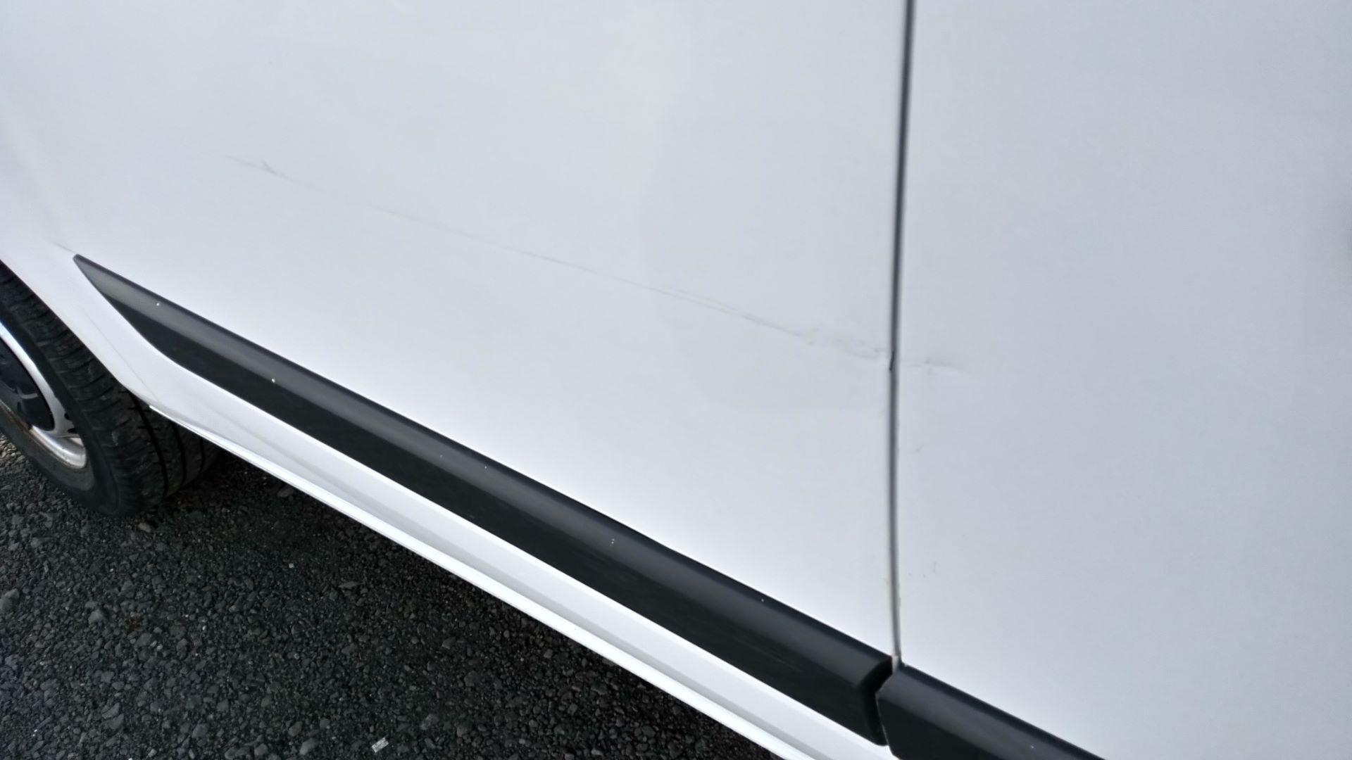 2016 Ford Transit Custom 2.0 Tdci 105Ps Low Roof Van (BW66XSY) Image 10