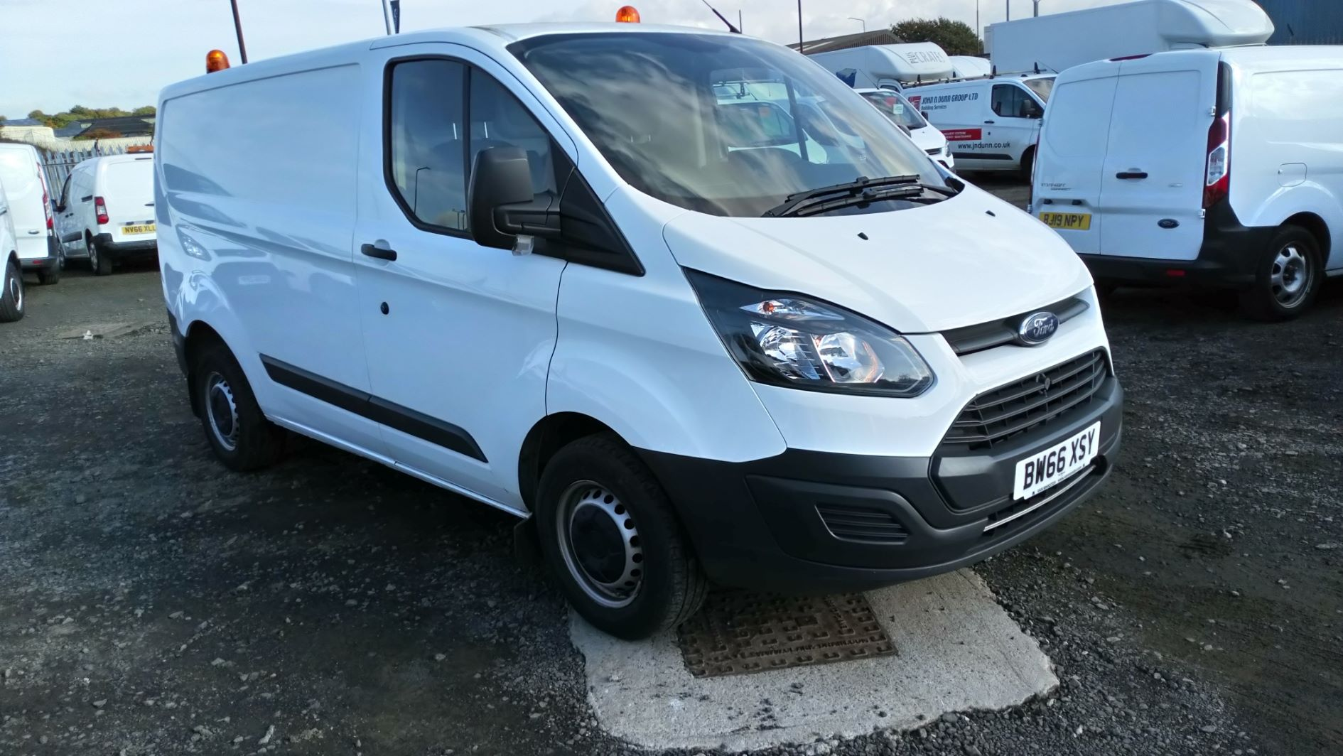 2016 Ford Transit Custom 2.0 Tdci 105Ps Low Roof Van (BW66XSY)
