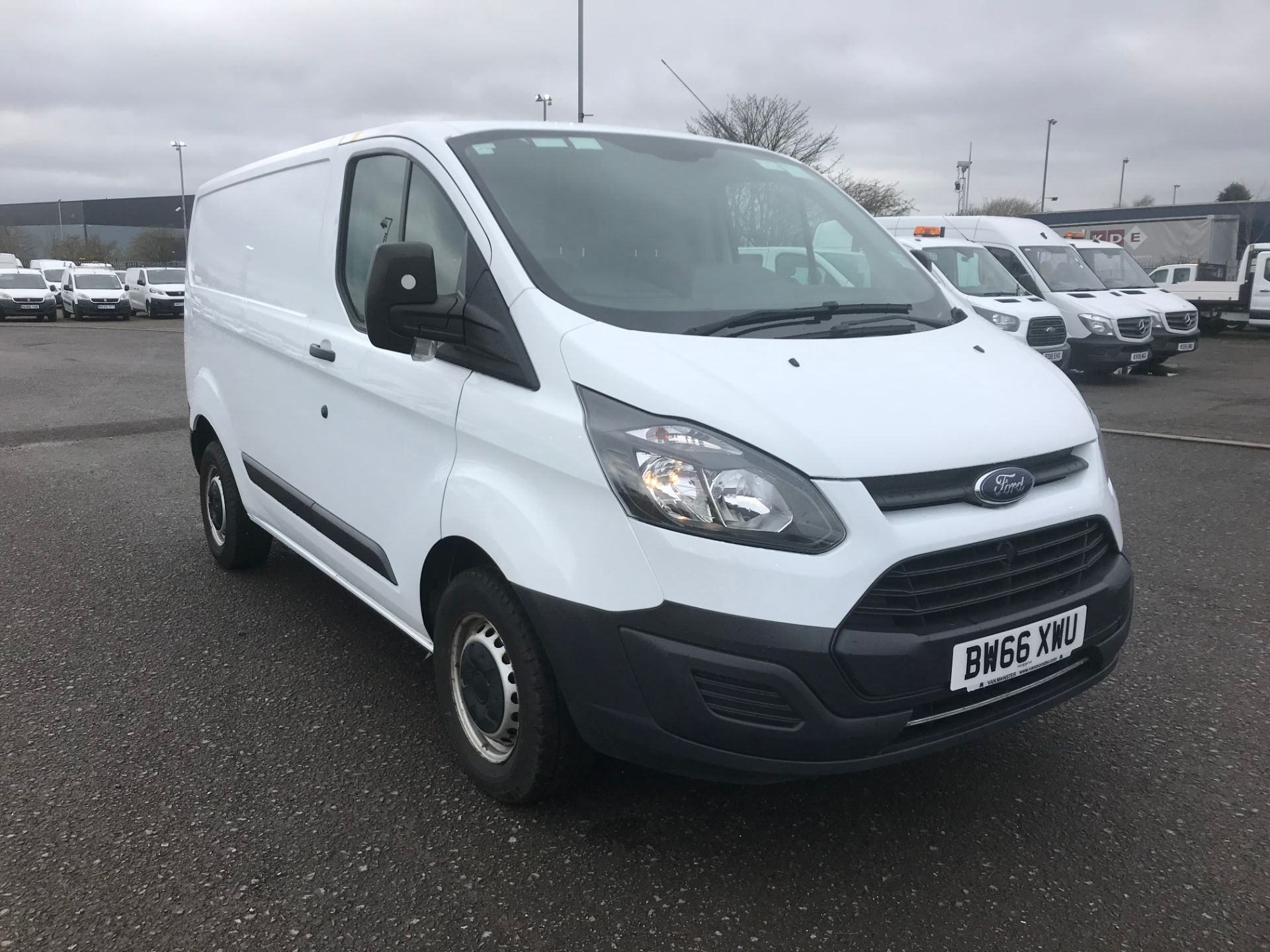 2016 Ford Transit Custom 2.0 Tdci 105Ps Low Roof Van (BW66XWU)