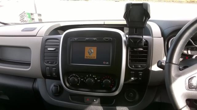 2016 Renault Trafic Sl27 Energy Dci 120 L1 H1 Sport Van EURO 5 (CN16VEA) Image 22