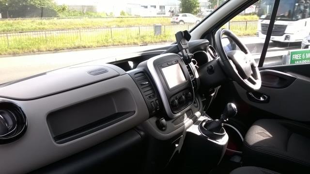 2016 Renault Trafic Sl27 Energy Dci 120 L1 H1 Sport Van EURO 5 (CN16VEA) Image 12