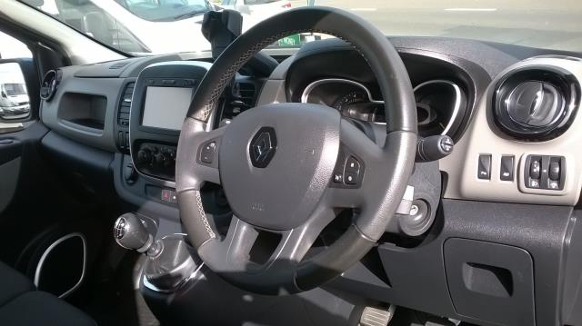 2016 Renault Trafic Sl27 Energy Dci 120 L1 H1 Sport Van EURO 5 (CN16VEA) Image 15