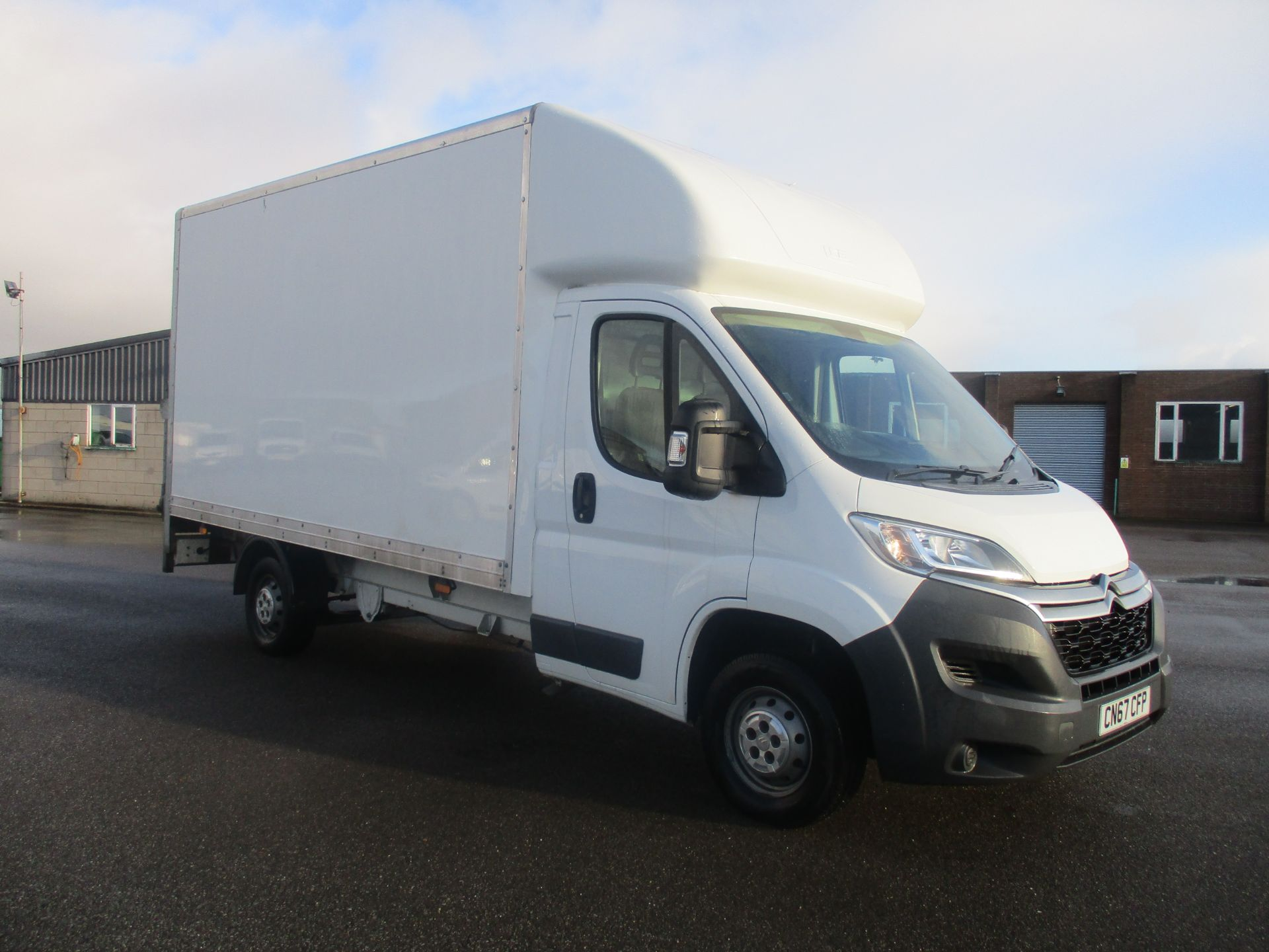 2017 Citroen Relay 35 L3 BLUE HDI 130PS LUTON EURO 6 WITH TAIL LIFT (CN67CFP)