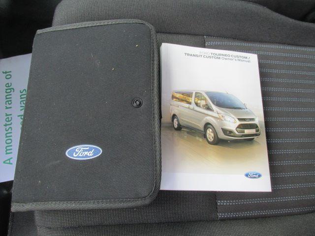2017 Ford Transit Custom 290 2.0 Tdci 105Ps Low Roof Trend Van (CU66VYN) Image 17