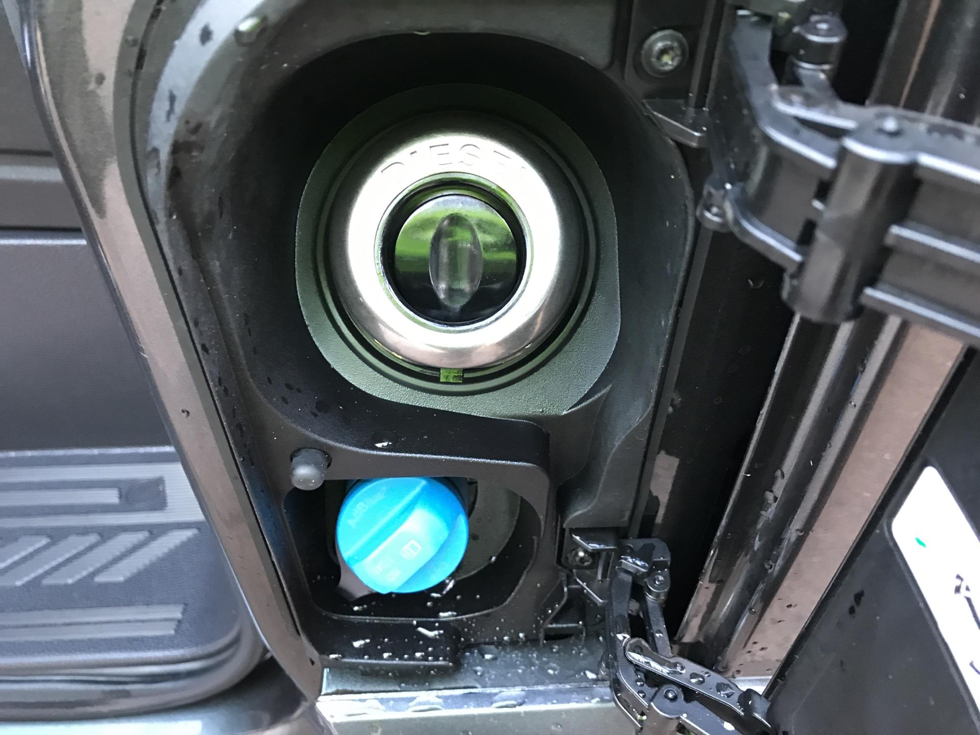 2017 Ford Transit Custom  290 L1 DIESEL FWD 2.0 TDCI 130 PS LOW ROOF LIMITED VAN EURO 6 (CV67MDZ) Image 19