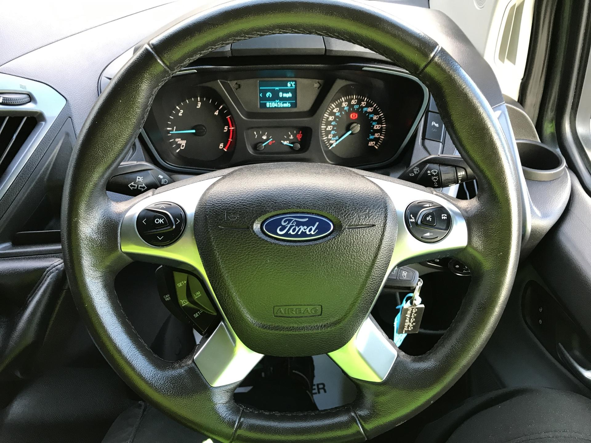 2017 Ford Transit Custom  290 L1 DIESEL FWD 2.0 TDCI 130 PS LOW ROOF LIMITED VAN EURO 6 (CV67MDZ) Image 12