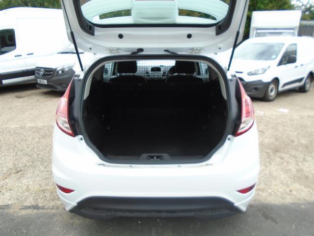 2015 Ford Fiesta 1.5 Tdci Sport Van (CX65ZNW) Image 11