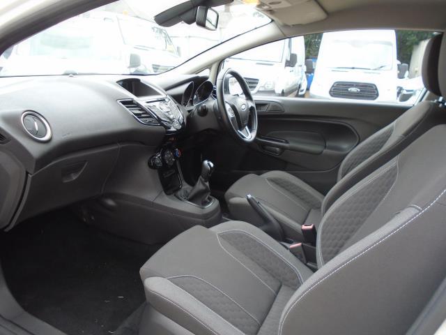 2015 Ford Fiesta 1.5 Tdci Sport Van (CX65ZNW) Image 13