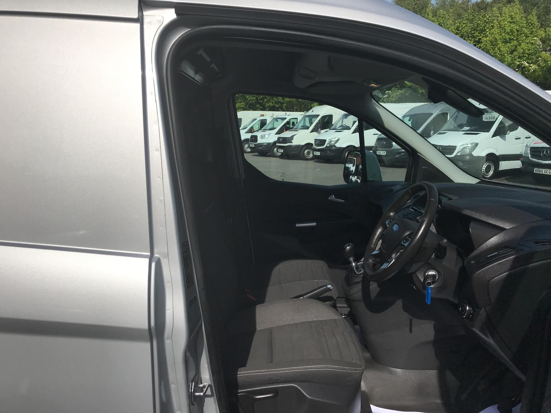 2016 Ford Transit Connect 1.5 Tdci 120Ps Limited Van (CX66OCS) Image 9