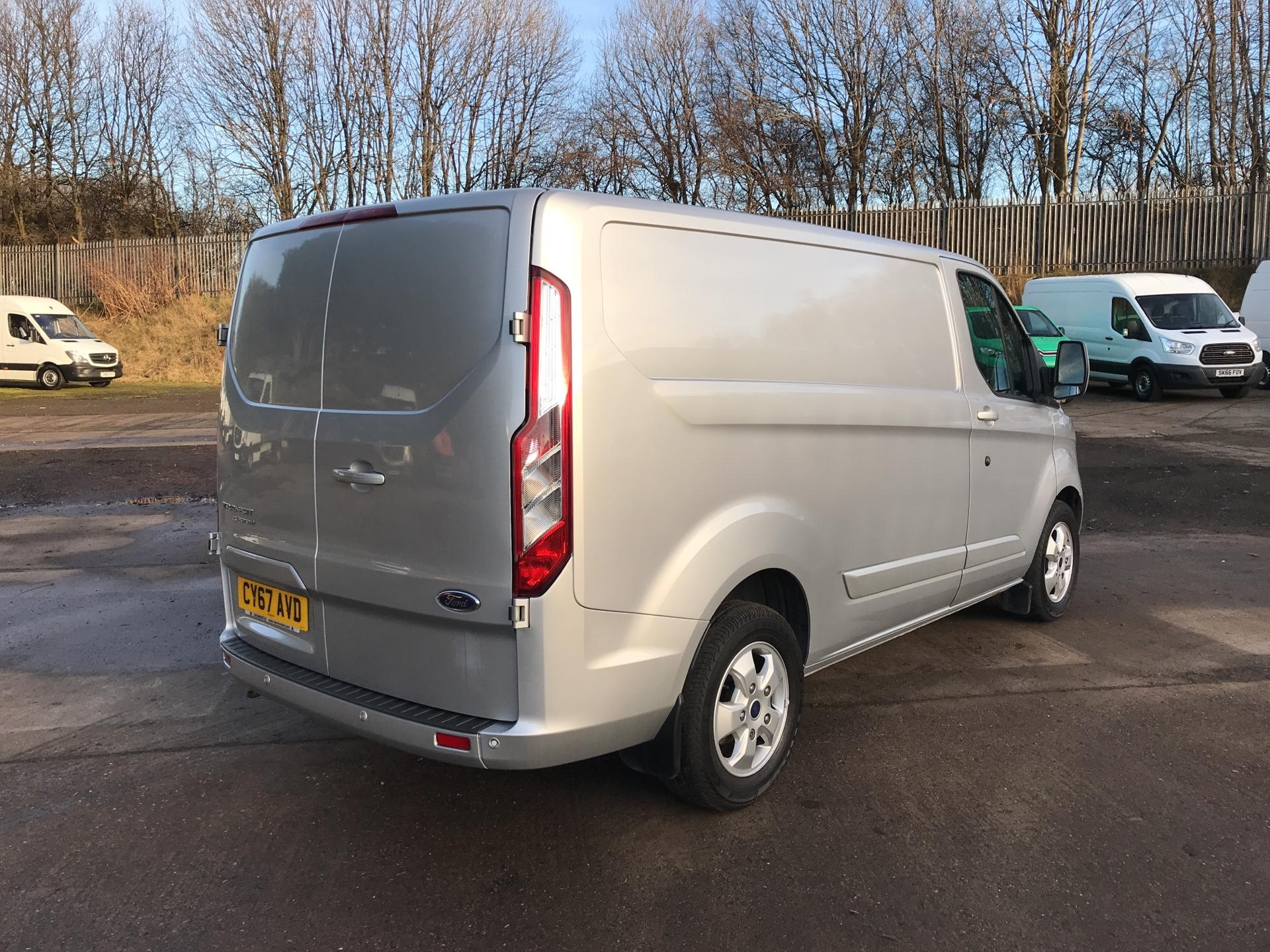2017 Ford Transit Custom 270 L1 DIESEL FWD 2.0 TDCI 130PS LOW ROOF LIMITED VAN EURO 6 (CY67AVD) Image 3