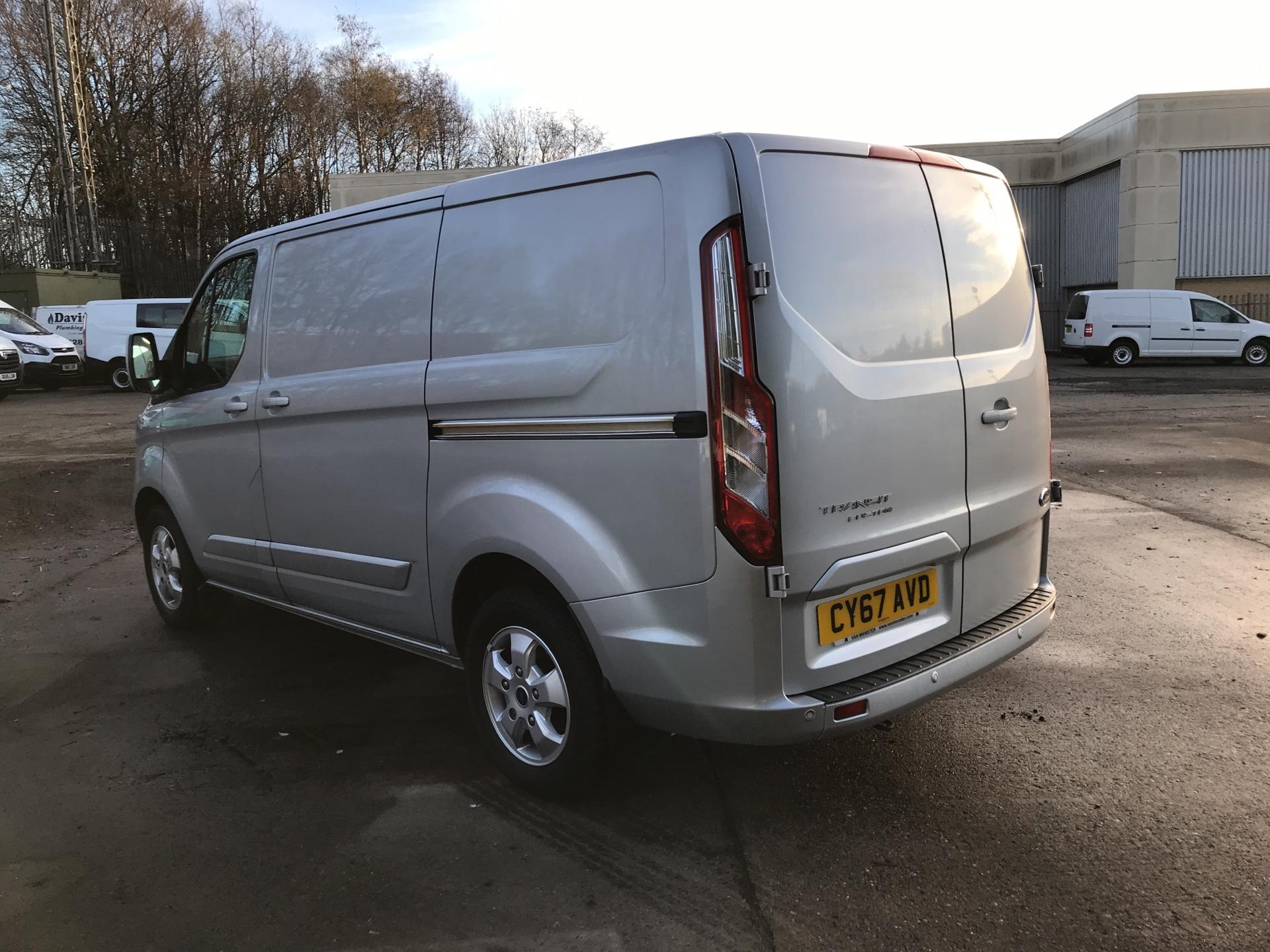 2017 Ford Transit Custom 270 L1 DIESEL FWD 2.0 TDCI 130PS LOW ROOF LIMITED VAN EURO 6 (CY67AVD) Image 5