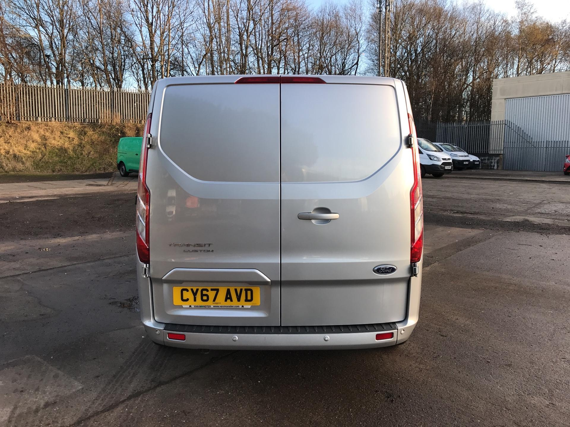 2017 Ford Transit Custom 270 L1 DIESEL FWD 2.0 TDCI 130PS LOW ROOF LIMITED VAN EURO 6 (CY67AVD) Image 4