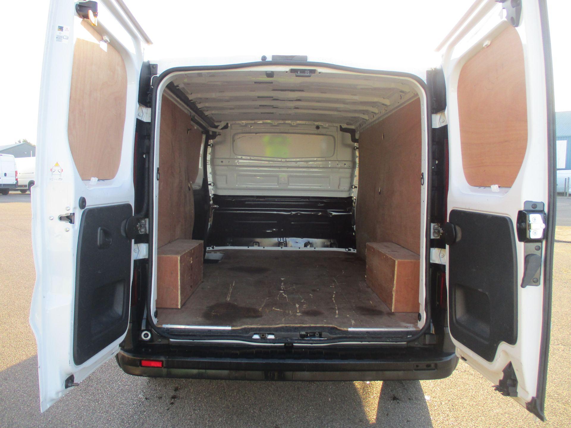2017 Vauxhall Vivaro L2 H1 2900 1.6 CDTI 120PS EURO 6 (DA67EFJ) Image 11
