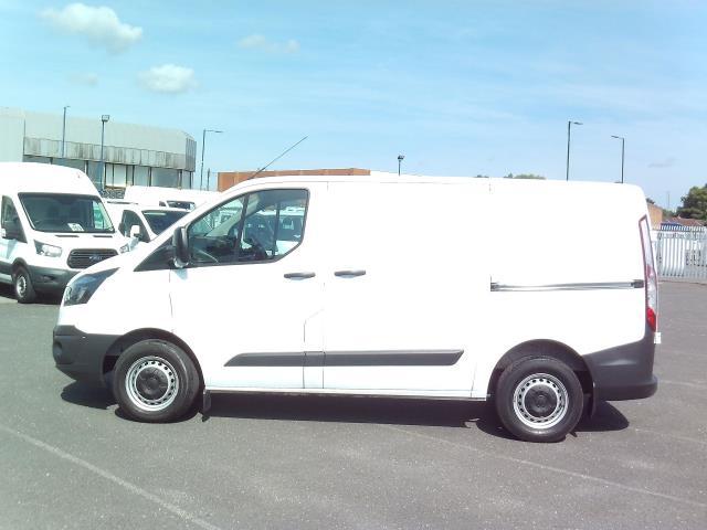 2015 Ford Transit Custom 270 L1 DIESEL FWD 2.2 TDCI 100PS L/R EURO 5 (DG15EFK) Image 10