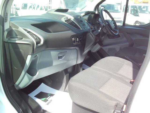 2015 Ford Transit Custom 270 L1 DIESEL FWD 2.2 TDCI 100PS L/R EURO 5 (DG15EFK) Image 19
