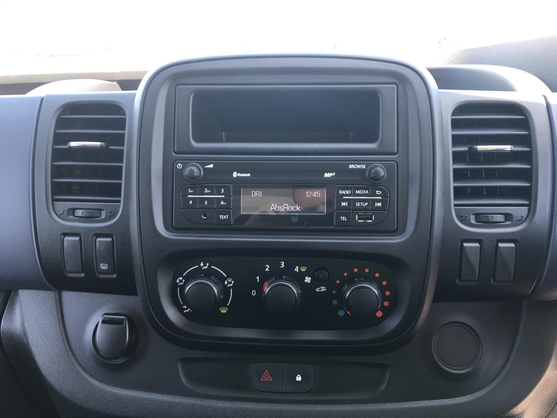 2016 Vauxhall Vivaro L2 H1 2900 1.6Cdti 115Ps EURO 5 (DG16OXS) Image 10