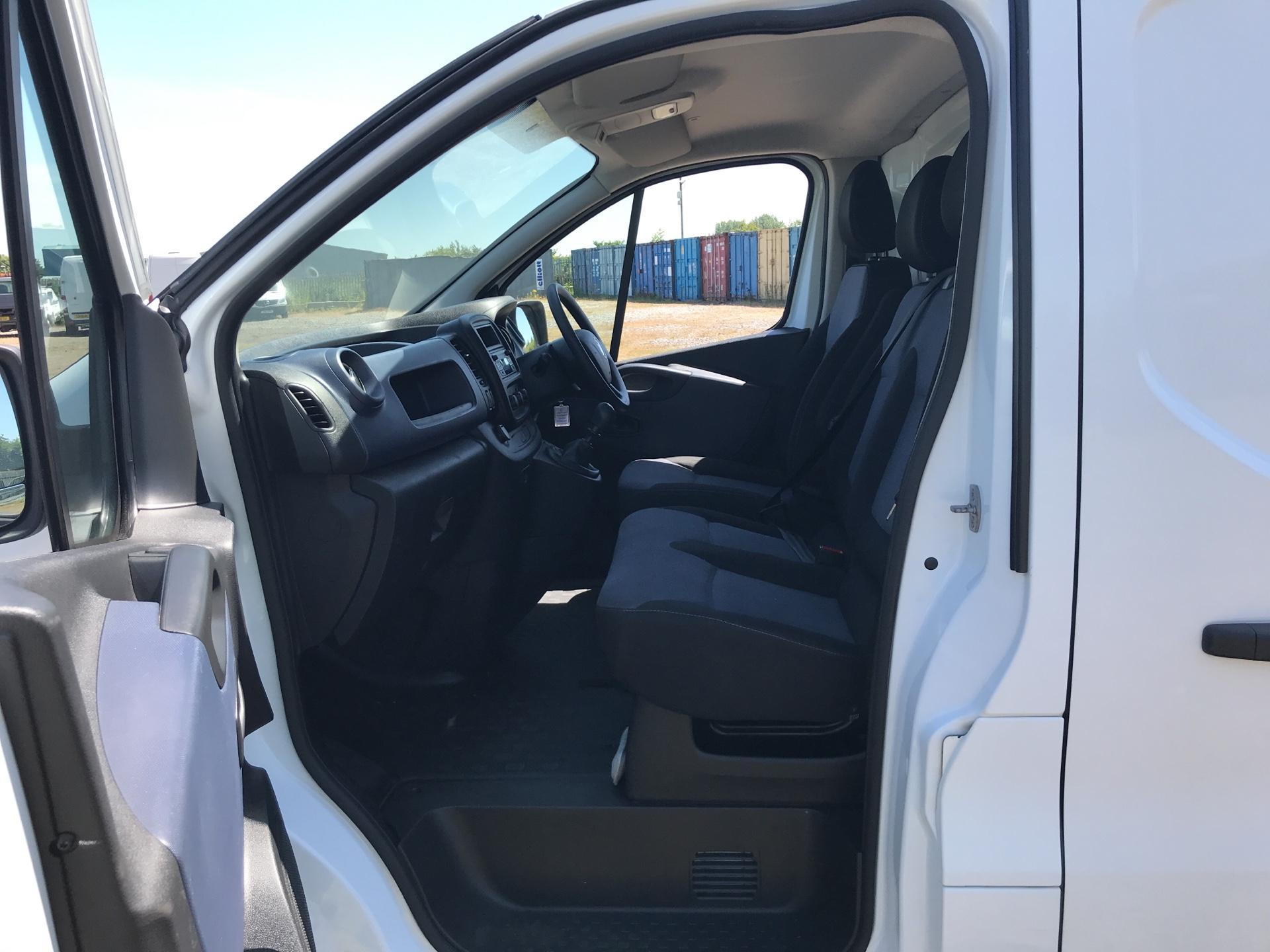 2016 Vauxhall Vivaro L2 H1 2900 1.6Cdti 115Ps EURO 5 (DG16OXS) Image 14