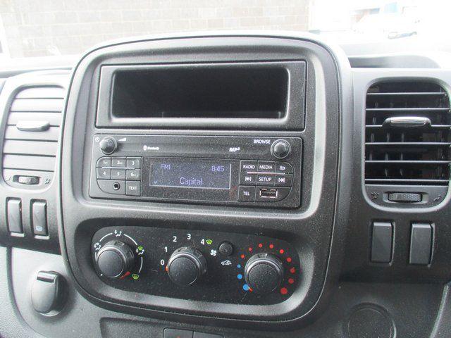 2017 Vauxhall Vivaro L2 H1 2900 1.6 CDTI 120PS EURO 6 (DK17KCA) Image 14