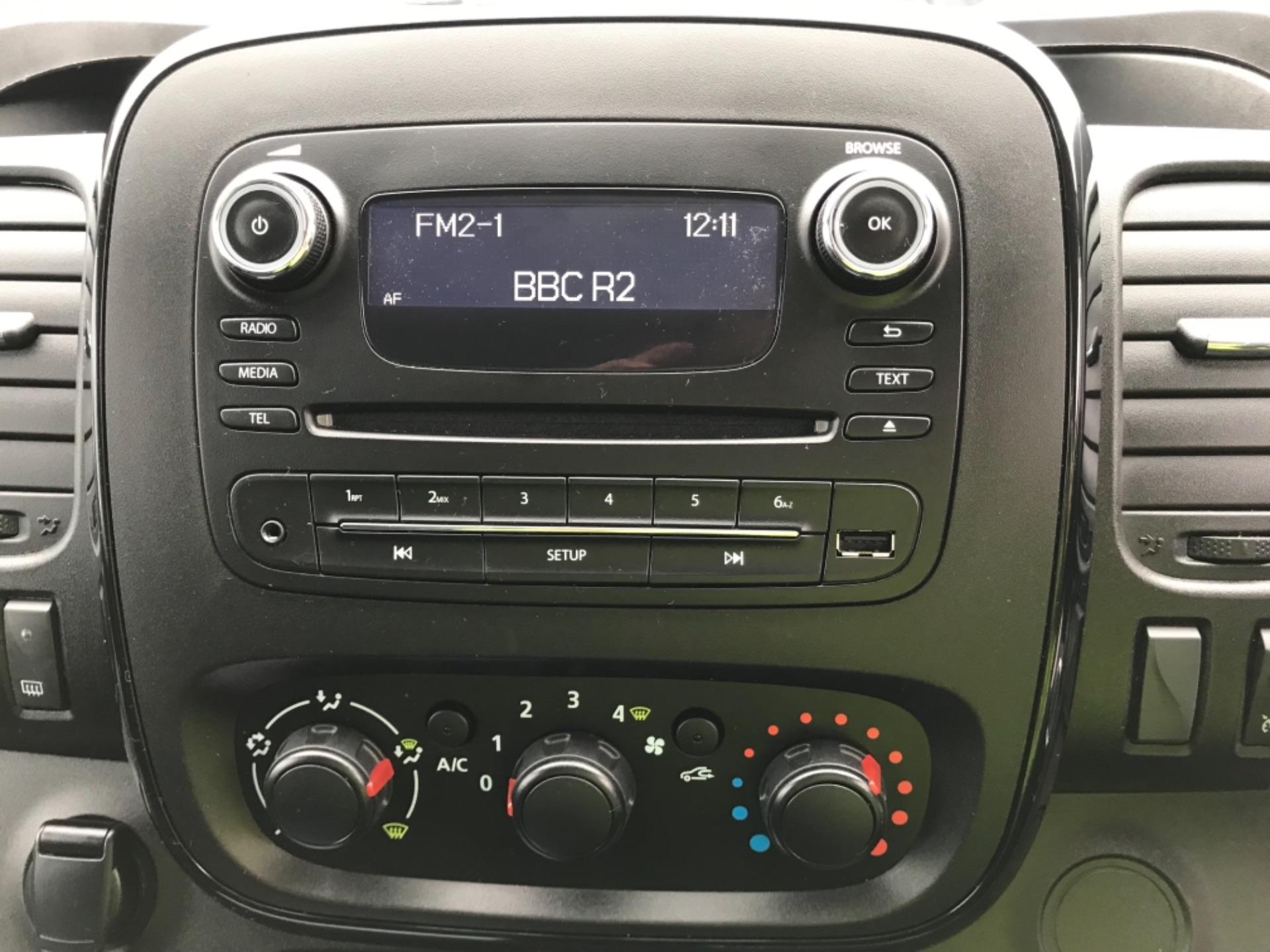 2018 Vauxhall Vivaro L2 H1 2900 1.6CDTI 120PS SPORTIVE EURO 6 (DL18UYC) Image 11