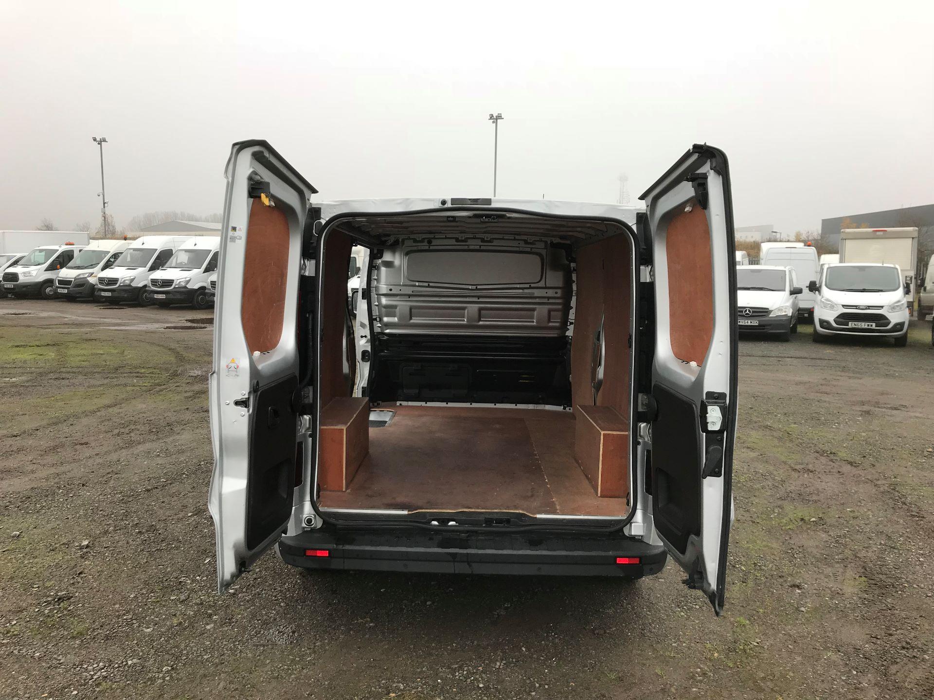 2018 Vauxhall Vivaro 2900 1.6Cdti 120Ps Sportive H1 Van (DL18UYU) Image 15