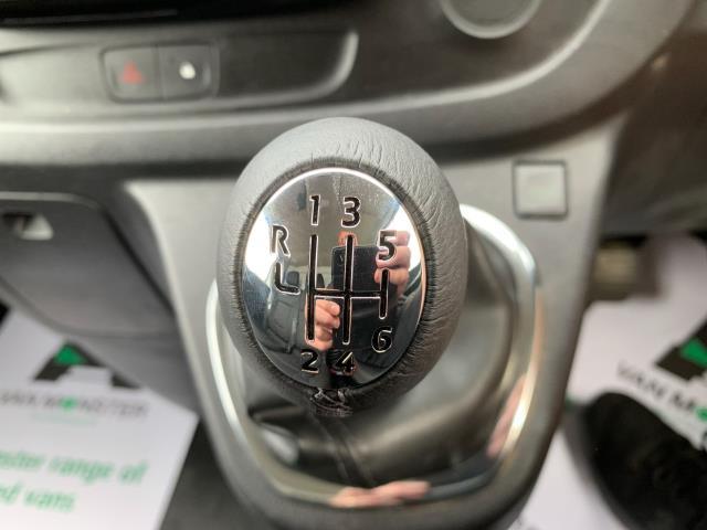 2018 Vauxhall Vivaro 2900 1.6CDTI BITURBO 125Ps SPORTIVE H1 VAN (DL18VRR) Image 22