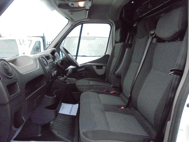 2015 Vauxhall Movano 35 L4 H3 125PS EURO 5 (DL65CPF) Image 13