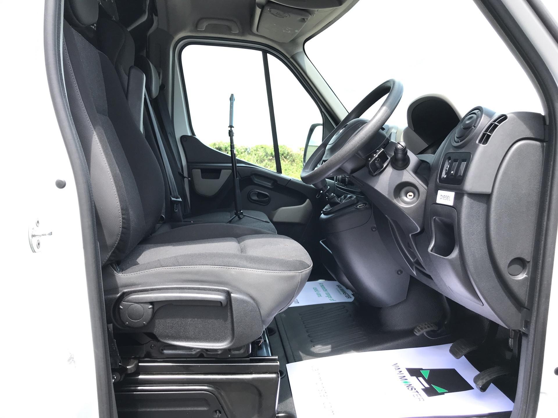 2015 Vauxhall Movano 2.3 Cdti H3 Van 125Ps (DL65CUU) Image 9