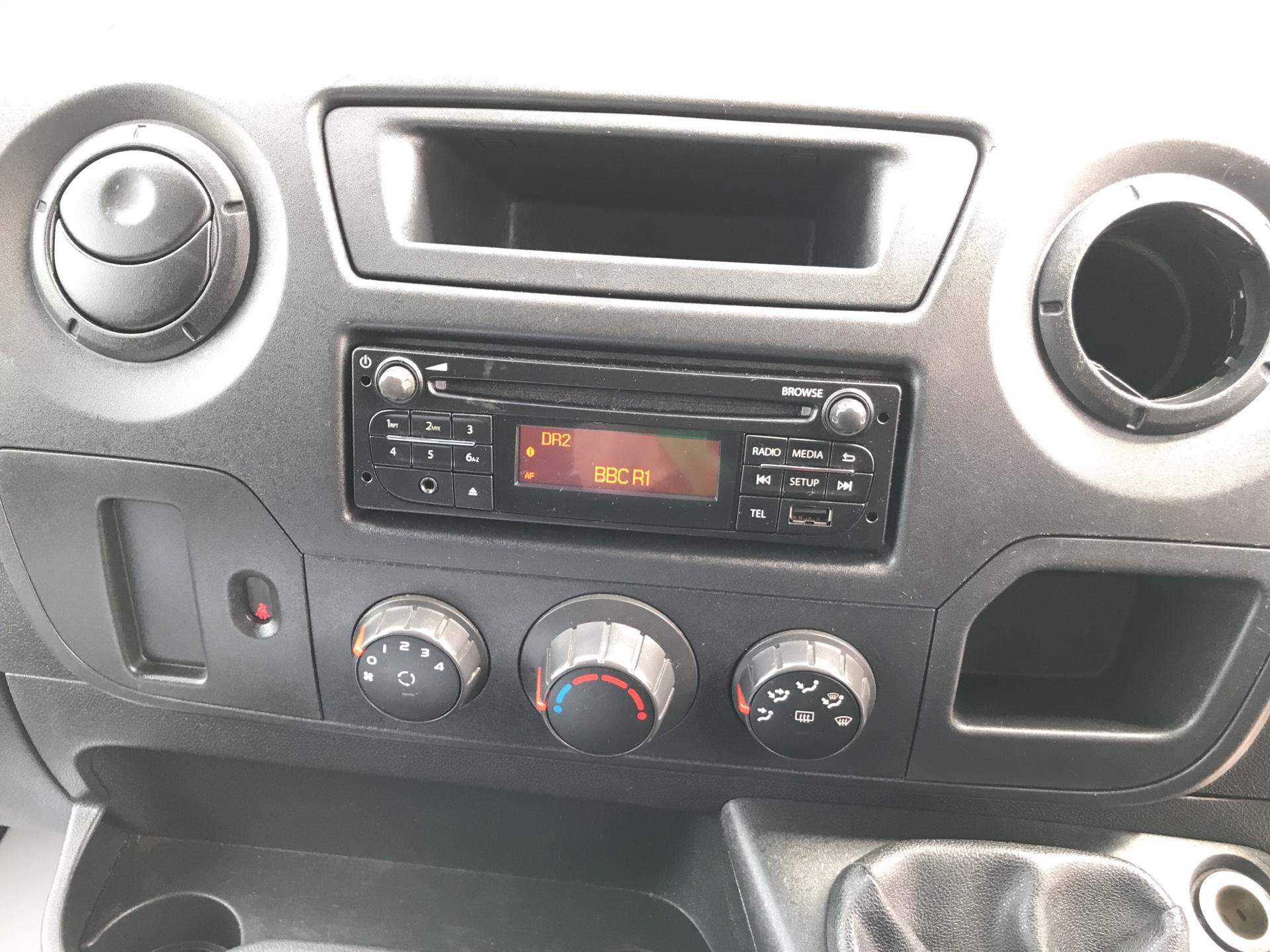 2015 Vauxhall Movano 2.3 Cdti H3 Van 125Ps (DL65CUU) Image 10